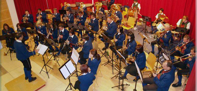 Herz-Jesu-Konzert der Musikkapelle Ladis
